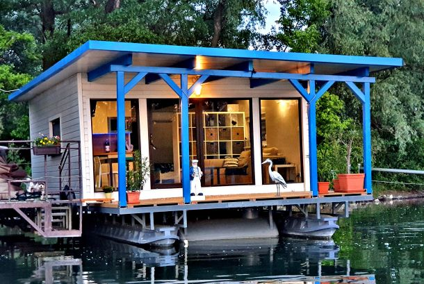 Hausboat